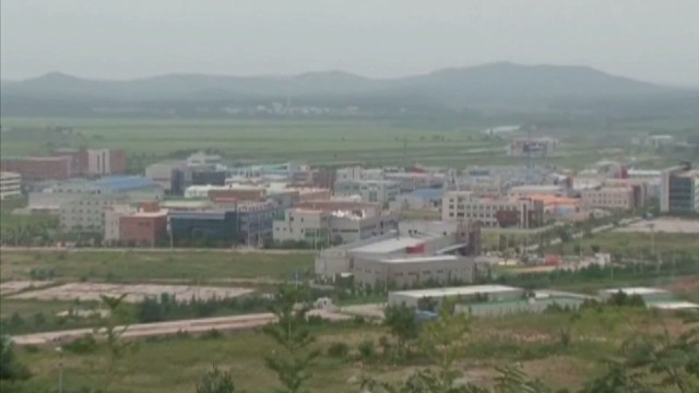 Kaesong reopens for business