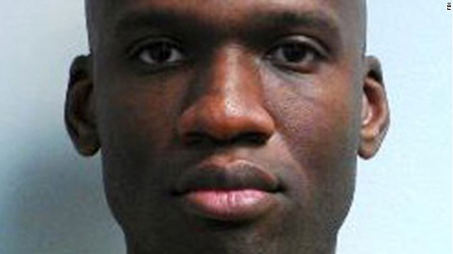 Police: Navy Yard shooter heard voices