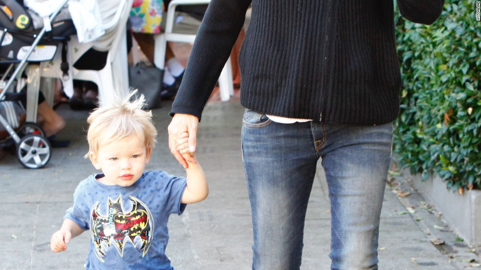 Jennifer Garner's son with Ben Affleck, Samuel, might have on a T-shirt inspired by dad.