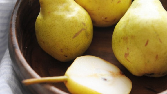 Pears: The sweet and juicy taste makes this fruit a crowd-pleaser. Cooking can really bring out their fabulous flavor, so try them baked or poached.   Health benefits include • Good source of vitamin C and copper  • 4 grams of fiber per serving    Harvest season: August to February  Health.com: Dr. Oz's favorite healthy foods