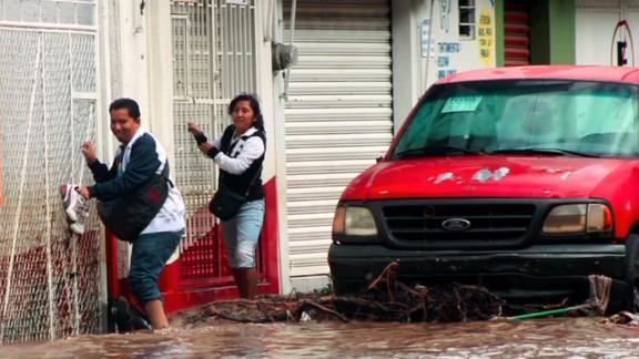 oraa.mexico.floods_00001127.jpg