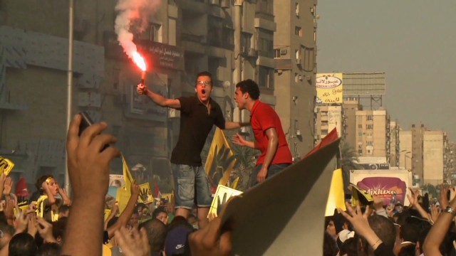 Mixing football and politics in Egypt