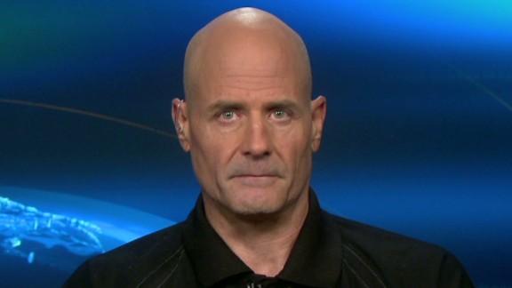 Washington Navy Yard worker John Weaver said he knew six of the 12 people killed at the base.