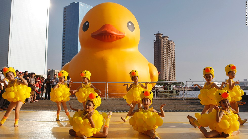 Giant Inflatable Duck Artistu0027s Next Big Thing: Hippos | CNN Travel