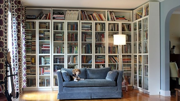 How do you organize your books? Gretchen Holcombe says she's a sucker for an alphabetized bookshelf. Want to know more? Ask her in the comments section below!