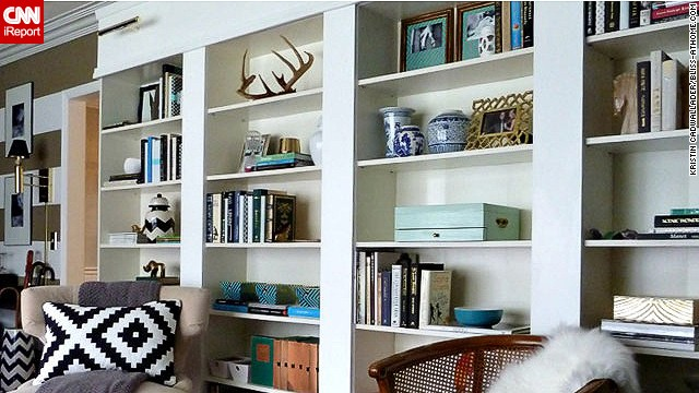 decorate your bookcase one knickknack at a time cnn - How To Decorate Bookshelves
