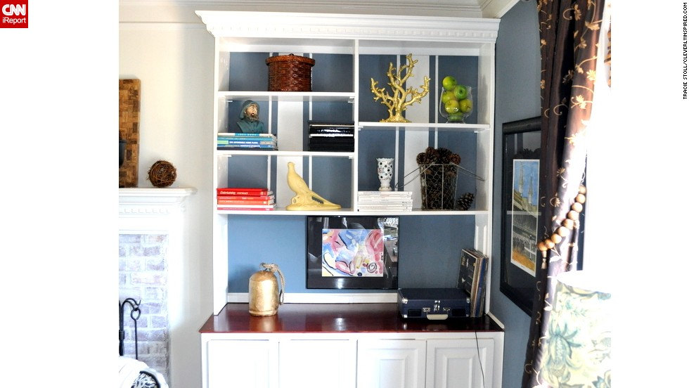 "<a href=""http://ireport.cnn.com/docs/DOC-1035045"">Tracie Stoll</a> created a striped paint treatment to add interest to her built-in bookshelves, but her focus is mainly captured by the family heirlooms on the shelves. To find out more about the <a href=""http://cleverlyinspired.com/"" target=""_blank"">paint treatment</a>, ask Stoll in the comments section below."