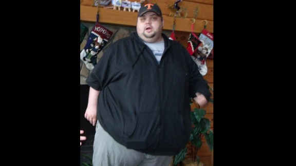 "A medical scare made Justin realize that losing weight was a ""life or death situation."" At his peak weight in February 2012, Justin weighed 592 pounds. Knowing how dangerous it was to be so heavy helped him stay motivated to make healthy choices until the habits to become second nature."