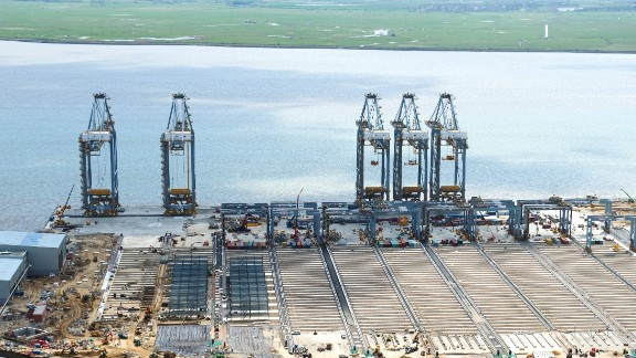 Construction work is carried out on the London Gateway.