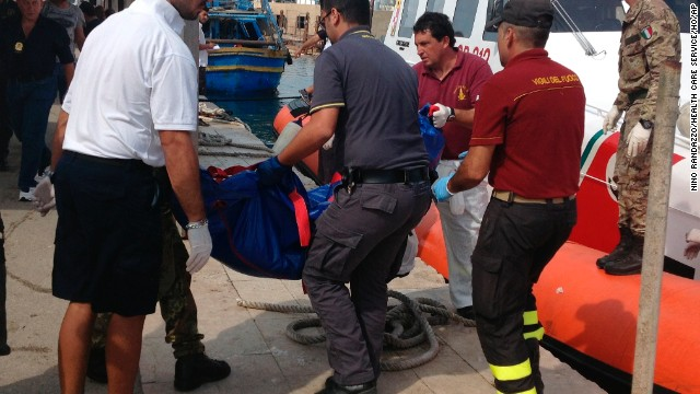 Dozens killed in Italy boat accident
