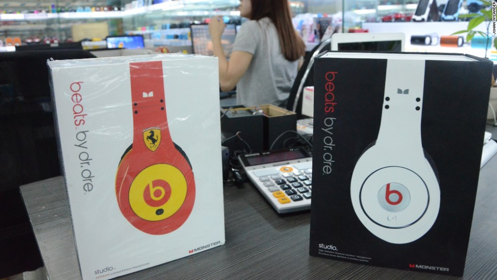Fake China Headphones Rise With 1 Billion Beats Cnn