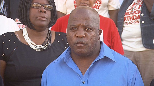 Kendrick Johnson's dad's emotional plea