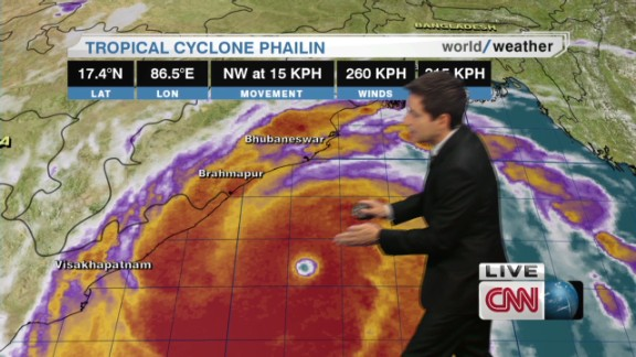 lklv cabrera cyclone phailin_00013225.jpg