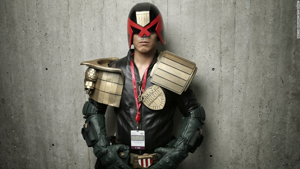 This fan dressed as the comic book character Judge Dredd.