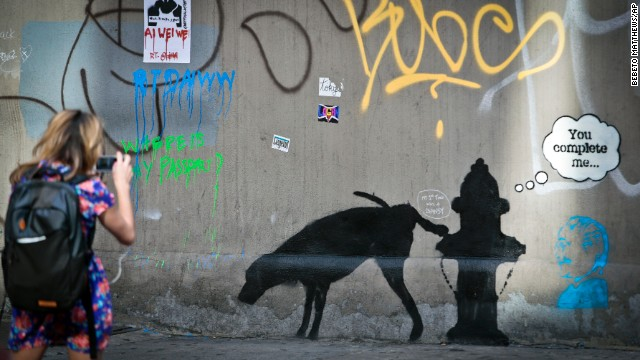 Banksy brings art to the masses