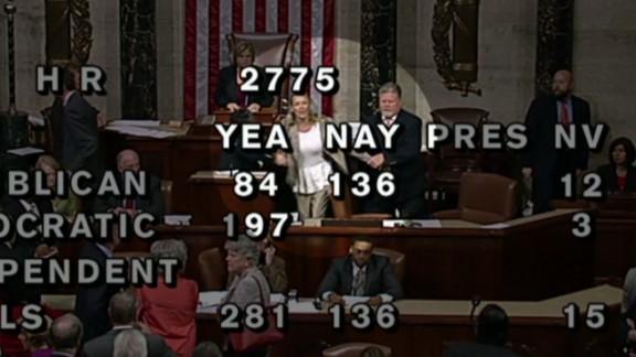 vo house floor woman yelling_00003712.jpg