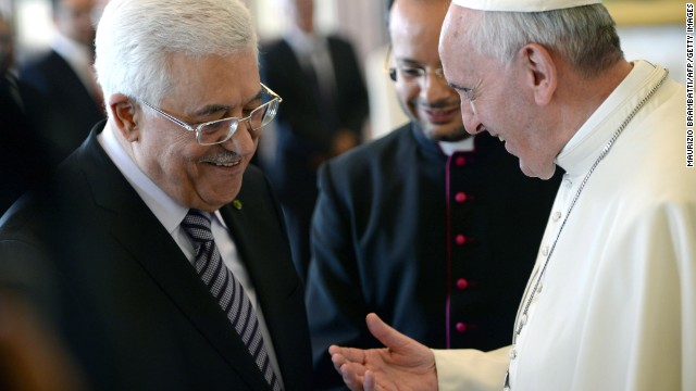 Pope Francis talks with Palestinian Authority President Mahmoud Abbas during an audience on October 17, 2013 at the Vatican.