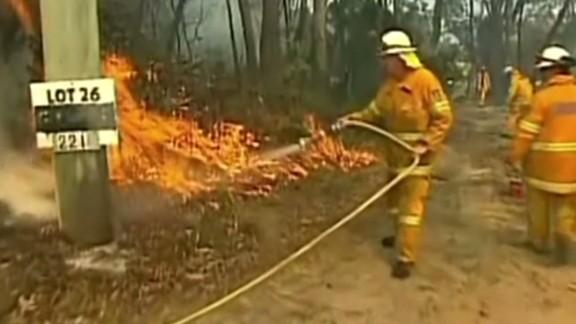 nr australia bushfires worsen sky price_00003506.jpg