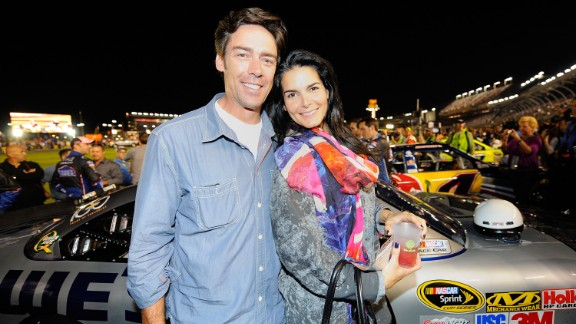 "In 1999, New York Giants football player Jason Sehorn proposed to actress Angie Harmon on ""The Tonight Show with Jay Leno."""