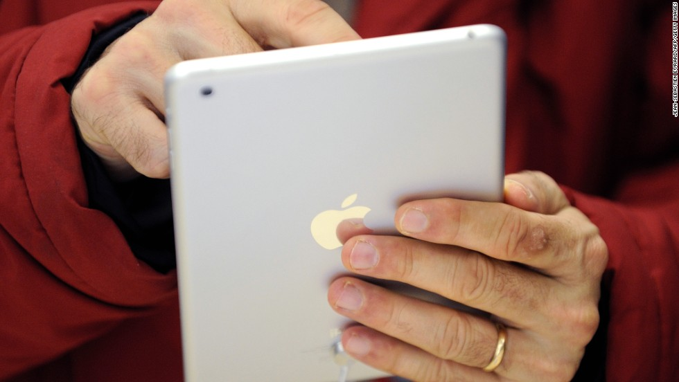 Apple unveils lighter iPad Air - CNN