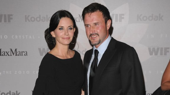 Courteney Cox and David Arquette had an explosive engagement in  1998. He had a fireworks display go off at the precise moment he popped the question. They split in 2010.