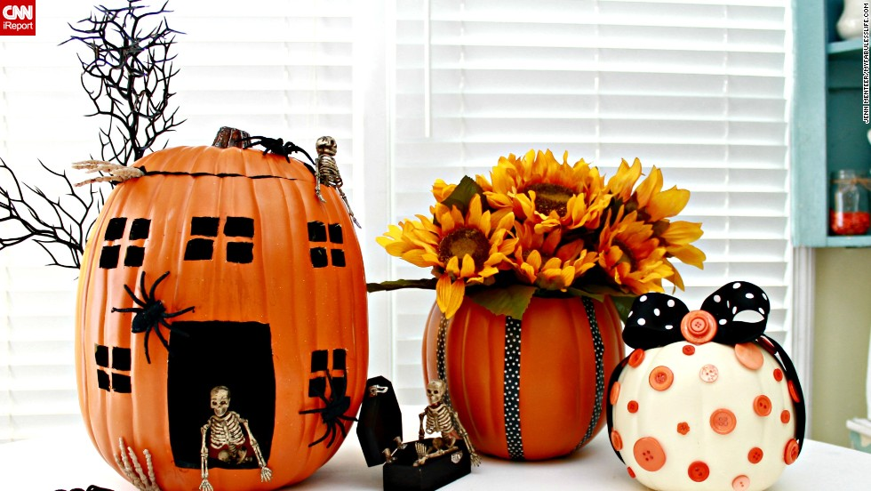 "Instead of buying real pumpkins, do-it-yourself blogger Jessica Kielman created resuable pumpkins from Styrofoam. She shares how she made them on her blog, <a href=""http://www.mom4real.com/2013/08/pumpkin-decorating-ideas-using-foam-pumpkins-funkins.html"" target=""_blank"">Mom4Real. </a>"