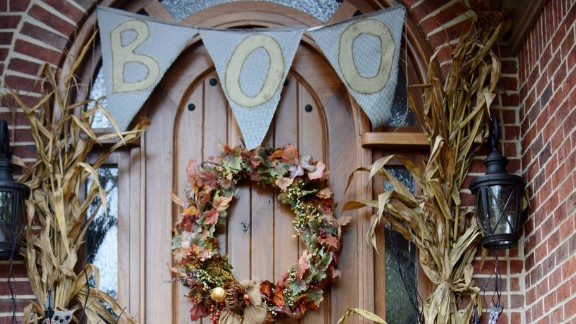 Robin Gay welcomes guests with her seasonally appropriate door decorations.