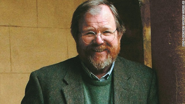 "Bill Bryson's latest book, ""One Summer,"" covers some tumultuous months in 1927."