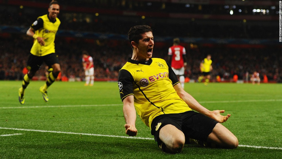 <strong>Robert Lewandowski </strong>(Borussia Dortmund & Poland) <strong><br />CNN rating: </strong>Longshot <br />The Polish striker was the spearhead of a Dortmund team which won plenty of admirers during its run to the Champions League final. Lewandowski's four-goal demolition of Real Madrid in the semifinals was a display of ruthless finishing, but he looks set to miss out in 2013.