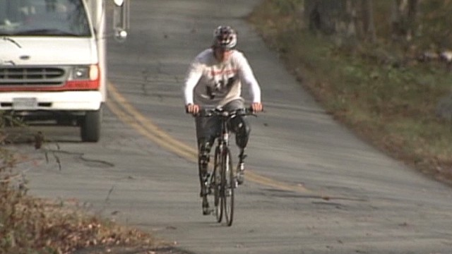 Double amputee rides to raise money