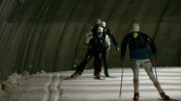 spc aiming for gold indoor ski tunnel sweden_00011218.jpg