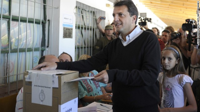The mayor of Tigre and deputy candidate of the Frente Renovador party, Sergio Massa, casts his vote during Argentina's legislative elections, at a polling station in Tigre, in the province of Buenos Aires, Argentina, on October 27, 2013. Voting in midterm elections began in Argentina Sunday in balloting likely to confirm the beginning of the political end of President Cristina Kirchner. AFP PHOTO AFP PHOTO / JUAN MABROMATA (Photo credit should read JUAN MABROMATA/AFP/Getty Images)