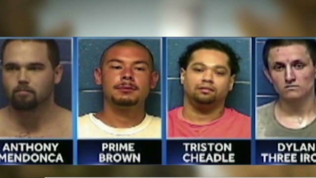 Four inmates escape through shower