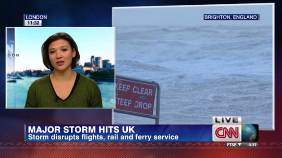 lkl shubert uk storms_00005230.jpg