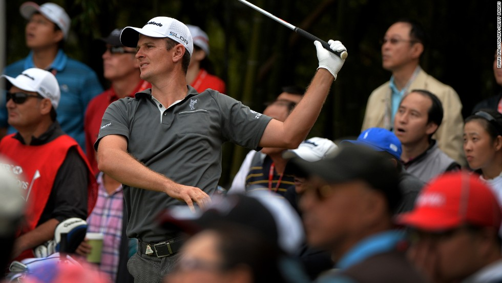 Justin Rose got up close and personal with fans on the 17th hole. The U.S. Open champion carded a four-under-par 68 that included a double bogey at the 11th.