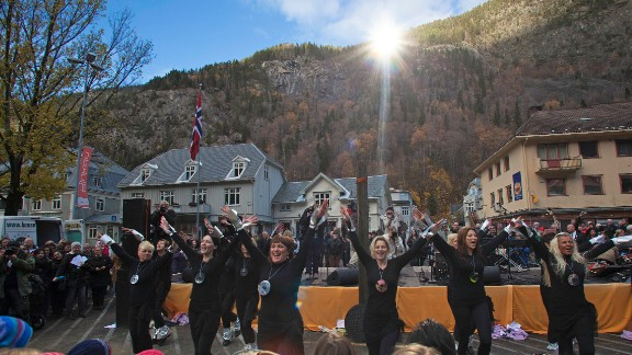 """""""It's magnificent now that it's in place,"""" says Tracy Murphy, owner of town center business Café Nye Tider. """"The mirror reveals something that has never happened before -- sun in the middle of Rjukan."""""""