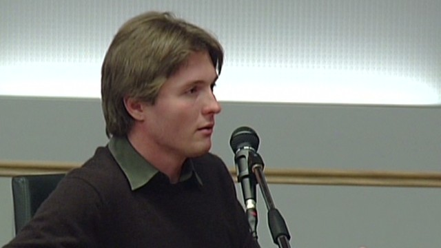 Amanda Knox's ex takes stand in retrial