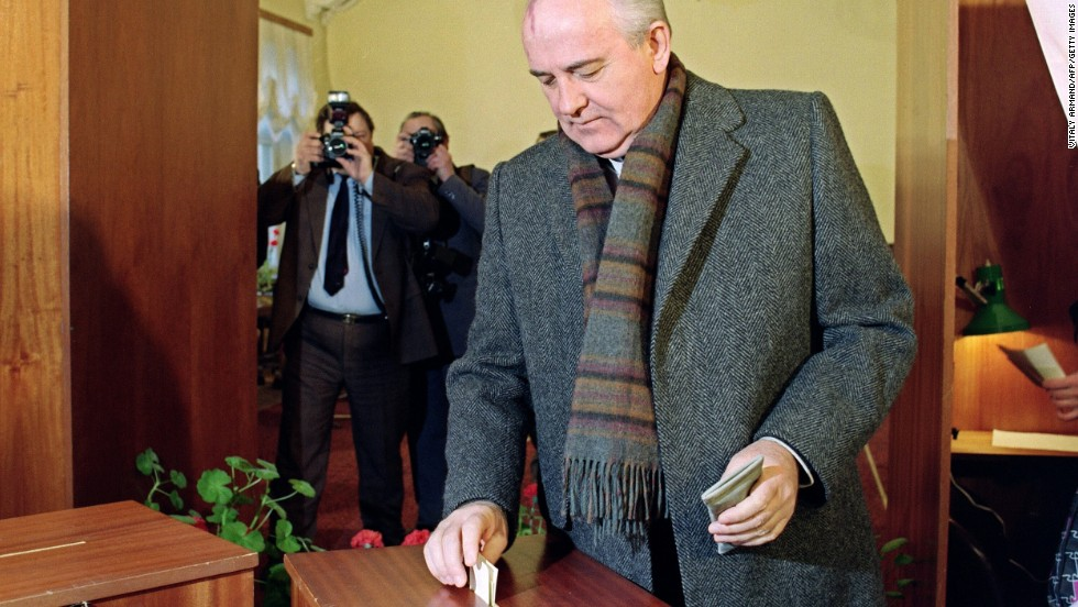 Gorbachev votes in Moscow in 1991 in the first Soviet referendum to decide whether the country would remain a united state.