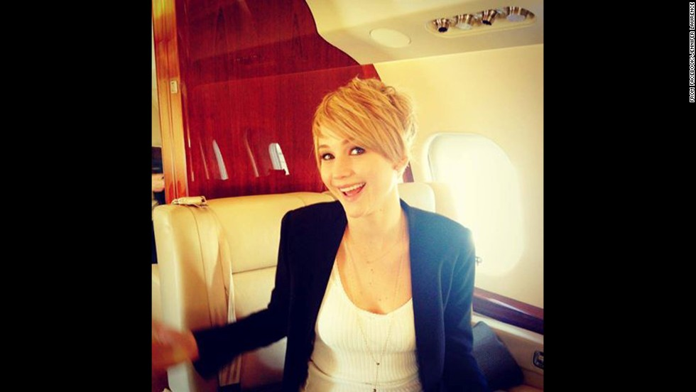 Jennifer Lawrence surprised fans on November 6 when she revealed that her long hair had been chopped off to a pixie style.