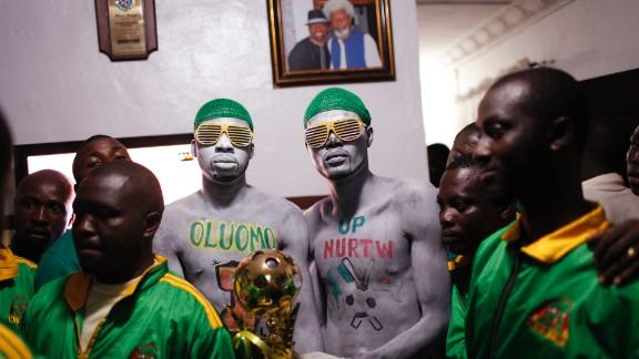 Lagos (2012-2013), by American photographer Samuel James.
