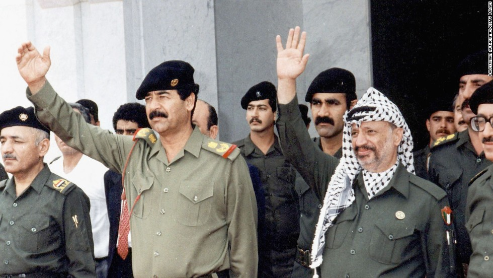 Arafat meets with Iraqi President Saddam Hussein in 1988. The Palestinian leader supported Hussein during the Gulf War.