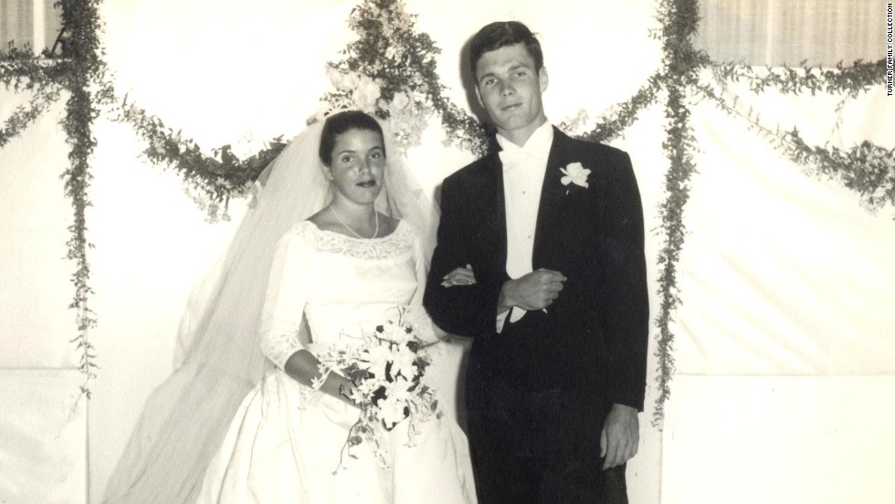 Turner married Judy Nye in 1960. The two had two children together -- Laura and Robert Edward IV -- before divorcing a few years later.