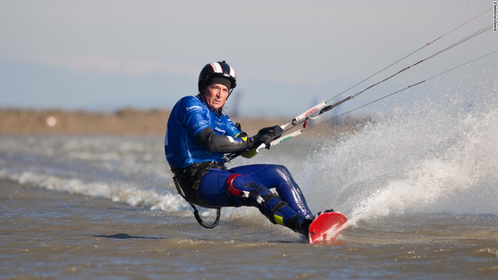 Alex Caizergues broke the World Sailing Speed Kitesurfing record over 500 meters, reaching an average speed of 56.62 knots.