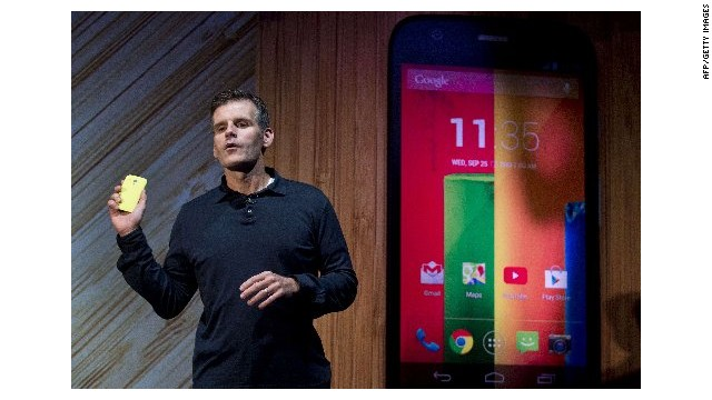 Smart enough? Cheap enough? Motorola CEO Dennis Woodside presents the new Moto G at a launch in Sao Paulo