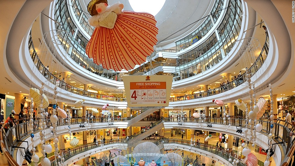 d83c762b8b32 12 best shopping cities in the world