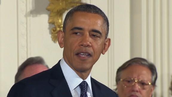 sot.obama.medal.think_00003703.jpg
