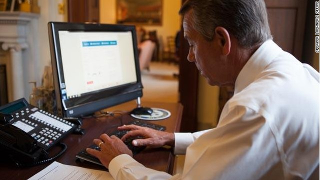 Boehner signs up for Obamacare