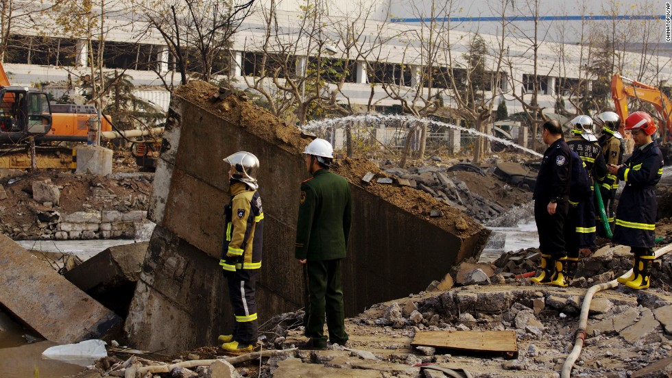 "<a href=""http://www.cnn.com/2013/11/22/world/asia/china-deadly-explosion/index.html?hpt=wo_c2"" target=""_blank"">An oil pipeline exploded</a> Friday, November 22, in eastern China, killing dozens, the state-run news agency Xinhua reported. More than 160 others were injured."