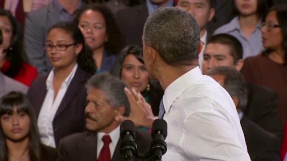 sot obama gets heckled at reform speech_00010111.jpg