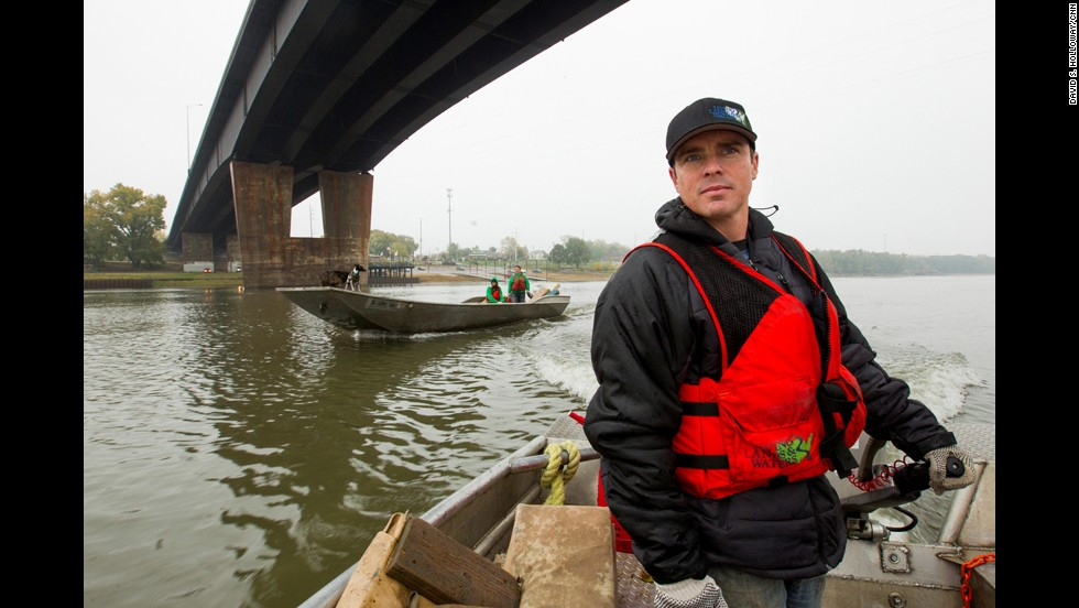 "CNN Hero Chad Pregracke has made it his life's work to clean up the Mississippi River and other American waterways. Since 1998, about 70,000 volunteers have helped Pregracke <a href=""http://www.cnn.com/2013/04/18/us/cnnheroes-pregracke-rivers-garbage/index.html"">remove more than 7 million pounds of garbage</a> from 23 rivers across the country."